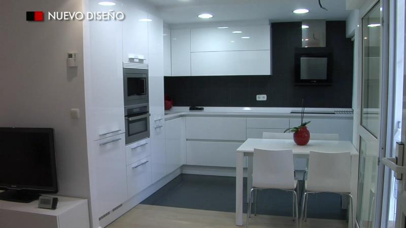 Nuevo dise o cocinas - Cocinas con campanas decorativas ...